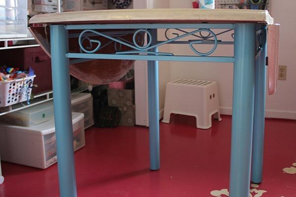 studio-and-table-041