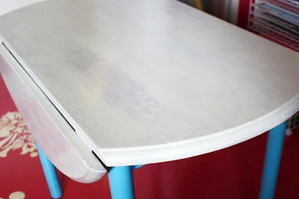 studio-and-table-045